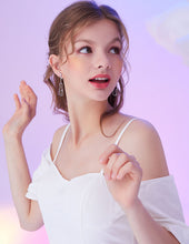 Load image into Gallery viewer, Original designer model minimalist small fresh cute metal hollow cat tassel earrings without ear holes ear clip female
