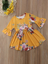Load image into Gallery viewer, Vintage Bell-sleeved Flower One-Piece Dress for Spring Autumn Baby Little Girl