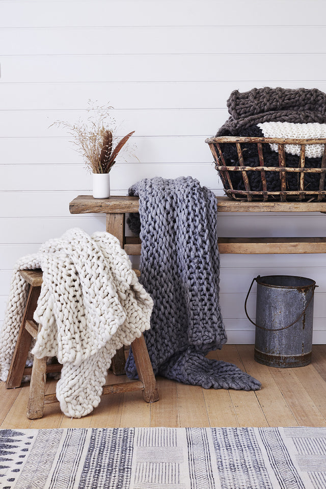 https://barefootgypsy.com.au/collections/knitted-throws