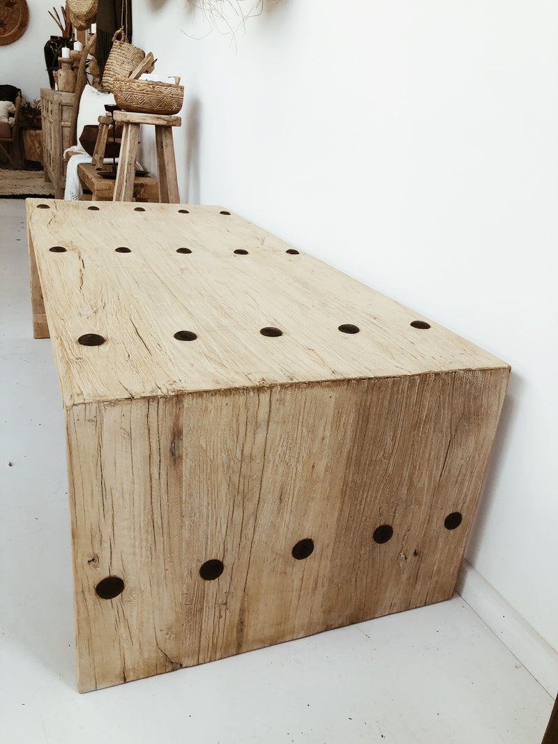 Elm Coffee Table - Hardware