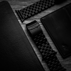 METAL Apple Watch Strap - BLACK EDITION
