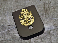 MILSPIN engraved magazine base plate with Navy insignia 02