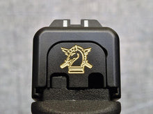 MILSPIN custom back plate with Army insignia