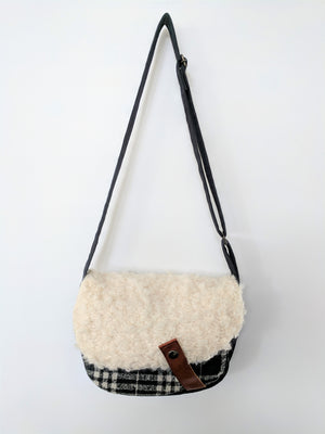 Head-turning, handmade Japanese shoulder bag at Zenbu Home