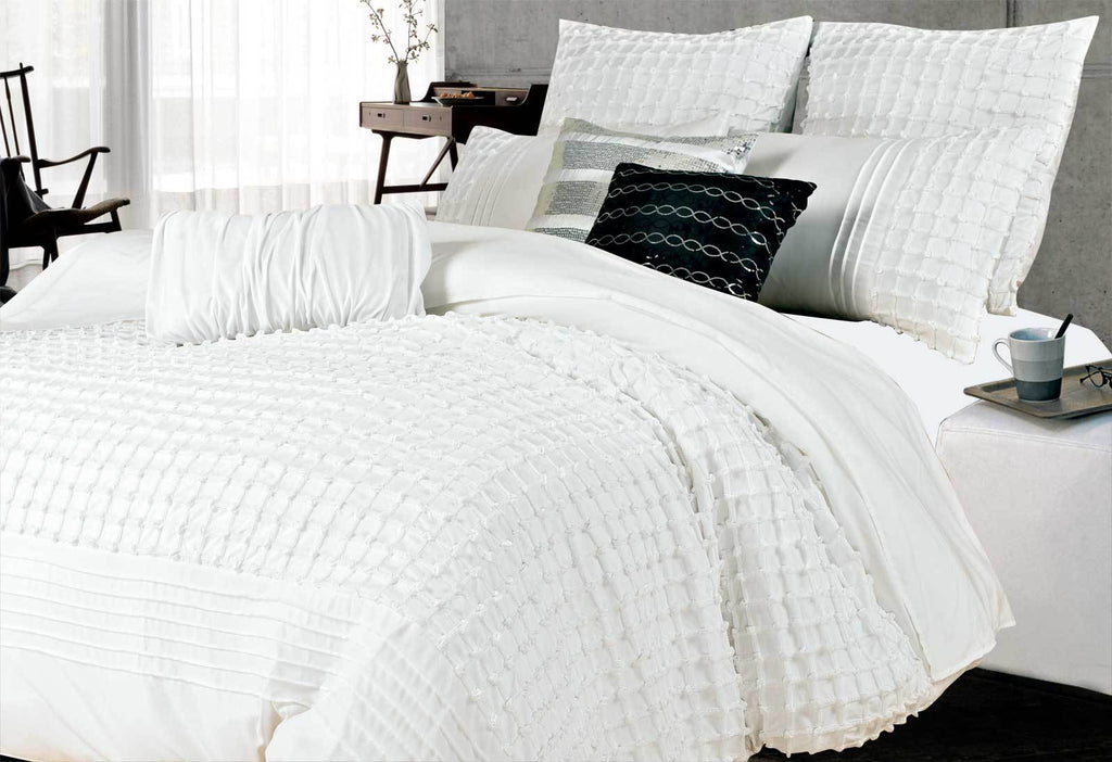 CrissCross Pintuck Quilt Cover Set Queen White