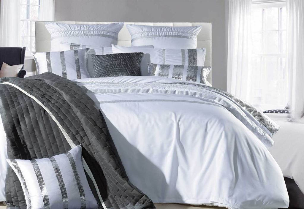 Divine Quilt Cover Set White Striped Sequin Queen