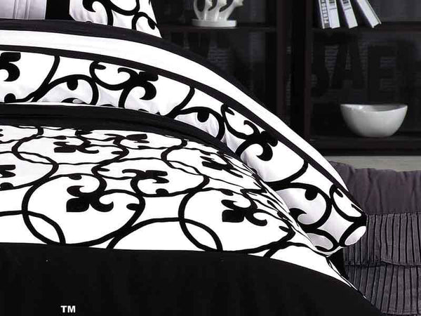 Chelsea Flocked Quilt Cover Set King Black and White