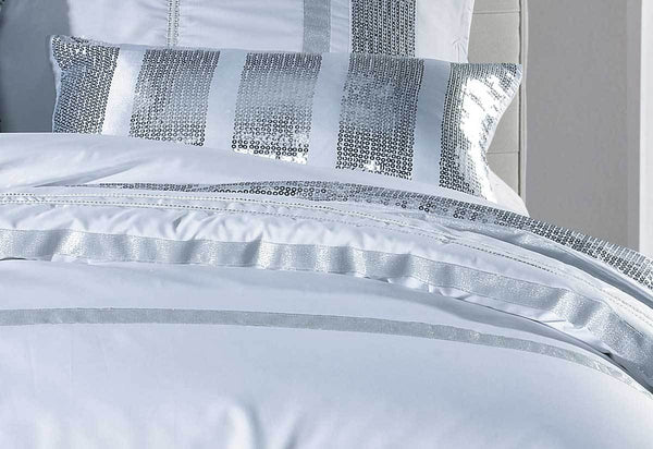 Divine Quilt Cover Set White Striped Sequin Super King