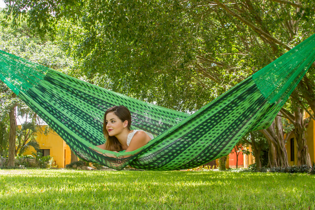 Queen Size Outdoor Cotton Hammock in Jardin