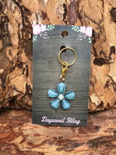 Blue daisy - Dogwoodbling horse dog treat