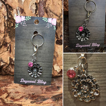Metal flower with pink - Dogwoodbling horse dog treat