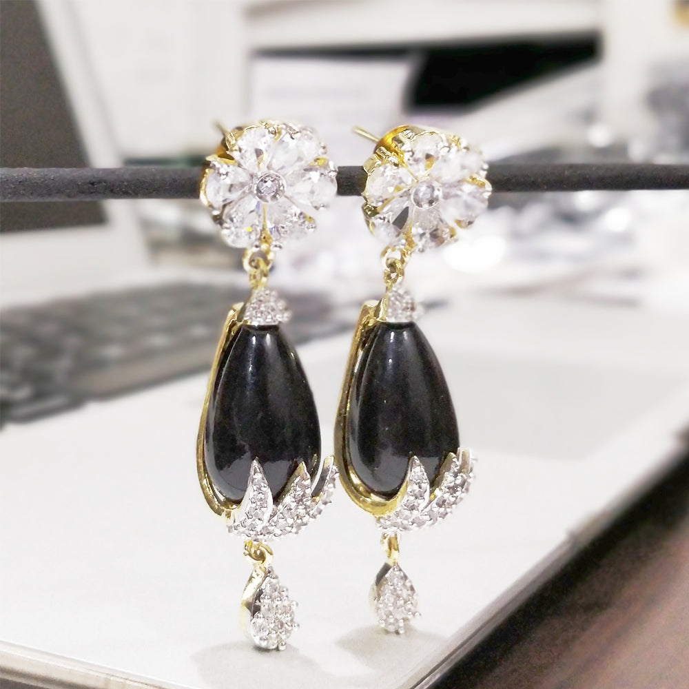 Antique Gold flower earring with Black Stone