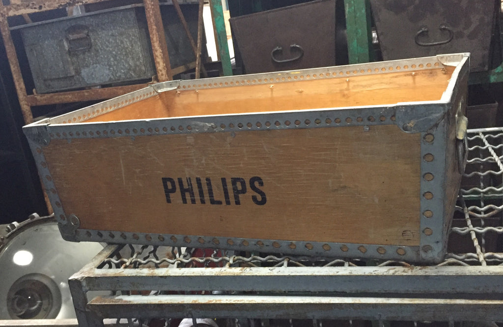 Wooden Philips Tote Box