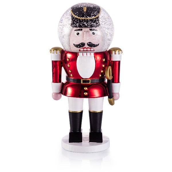 The giant nutcracker