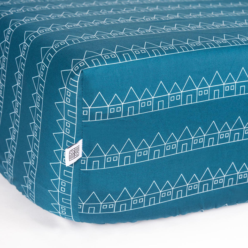 Organic GOTS fitted sheet for kids in blue