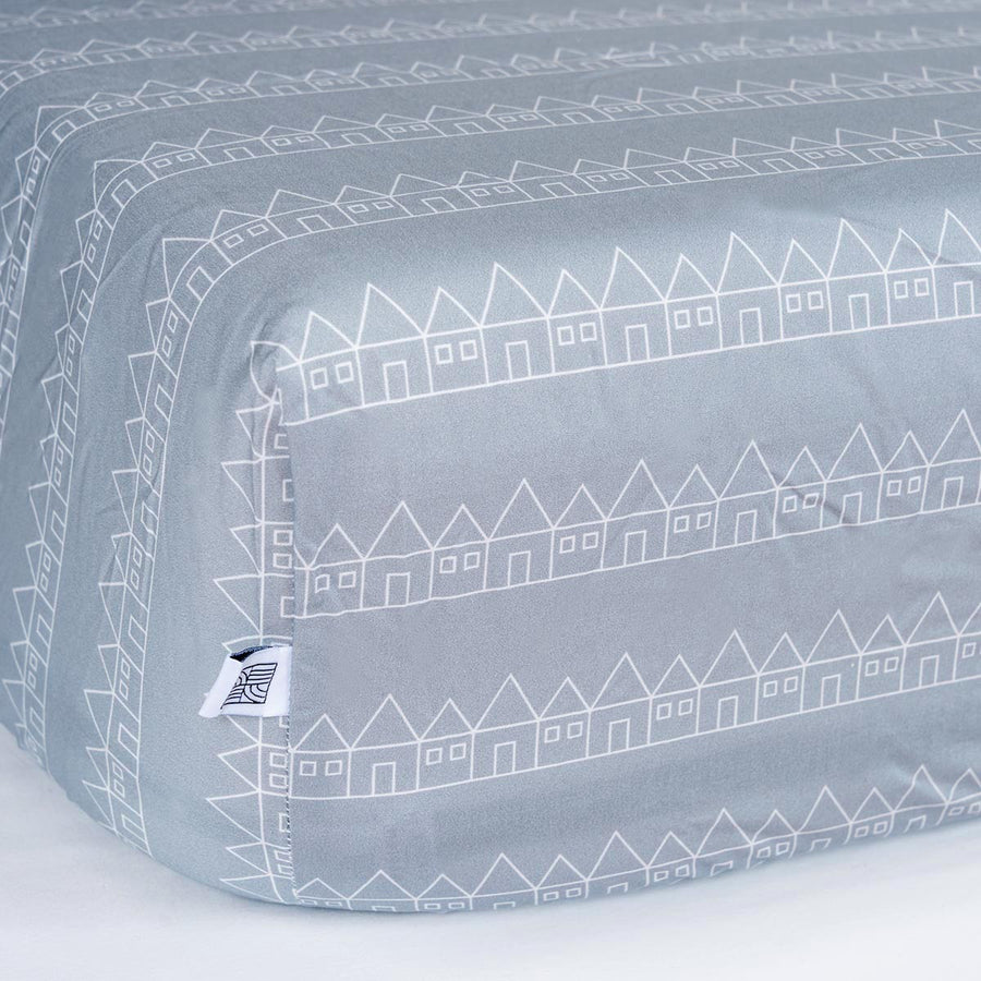 Crib sheet in 100% organic cotton grey