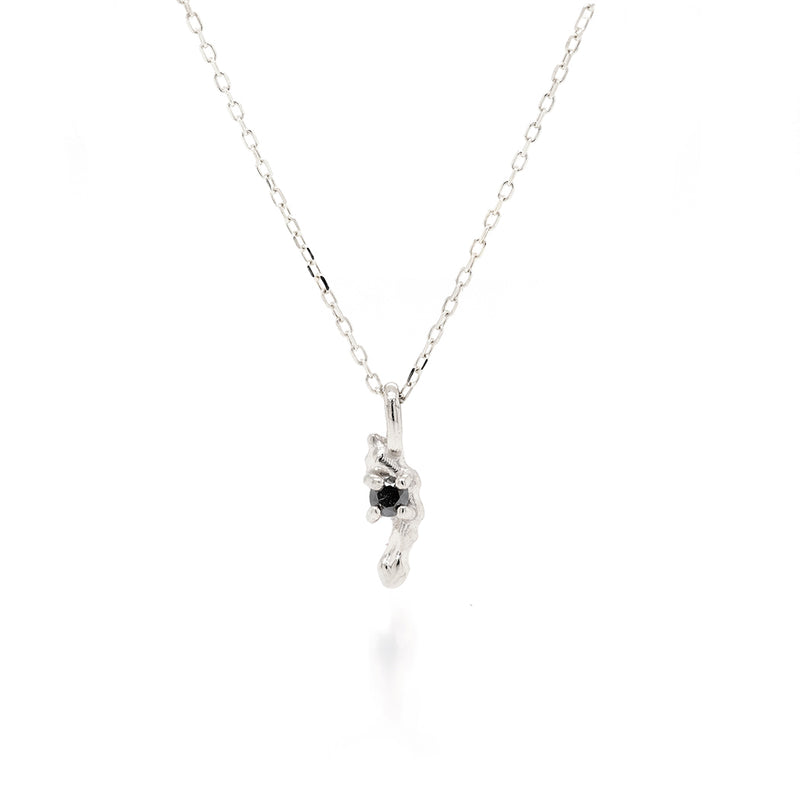 Carina necklace | black diamond