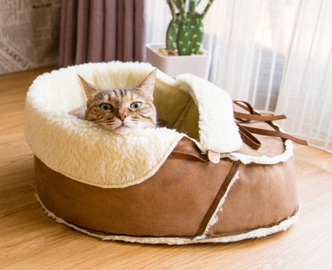 Sherpa Moccasin Cat Bed in Mocha Suede