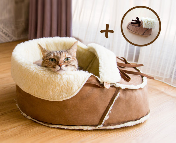 Moccasin Bed with a matching catnip toy gift set
