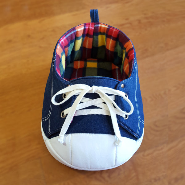 Sneaker Bed in Rainbow Tartan top view