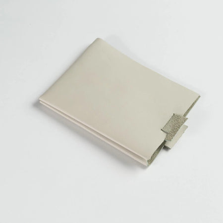 Minimalist Leather Wallet (Off-White)