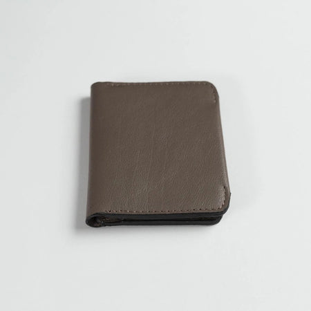Minimalist Bifold Leather Wallet (Brown)