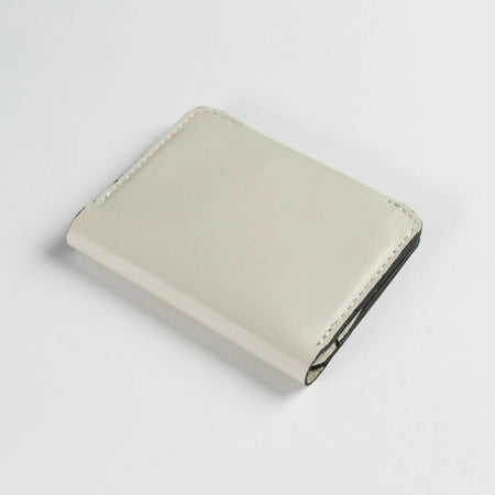 Minimalist Bifold Leather Wallet (Off-White)