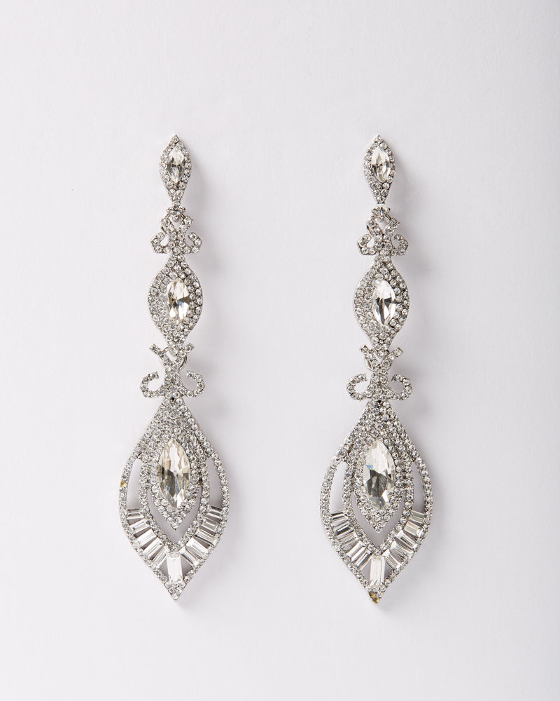 Queen Dangle Earrings
