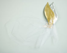 Load image into Gallery viewer, The Golden Swan Birdcage Veil