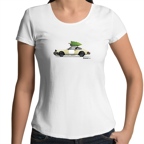 Christmas Porsche 911 Safari - Women's Scoop Neck T-Shirt (Print on Demand)