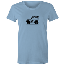 Land Rover  - Women's T'shirt (Print on Demand)