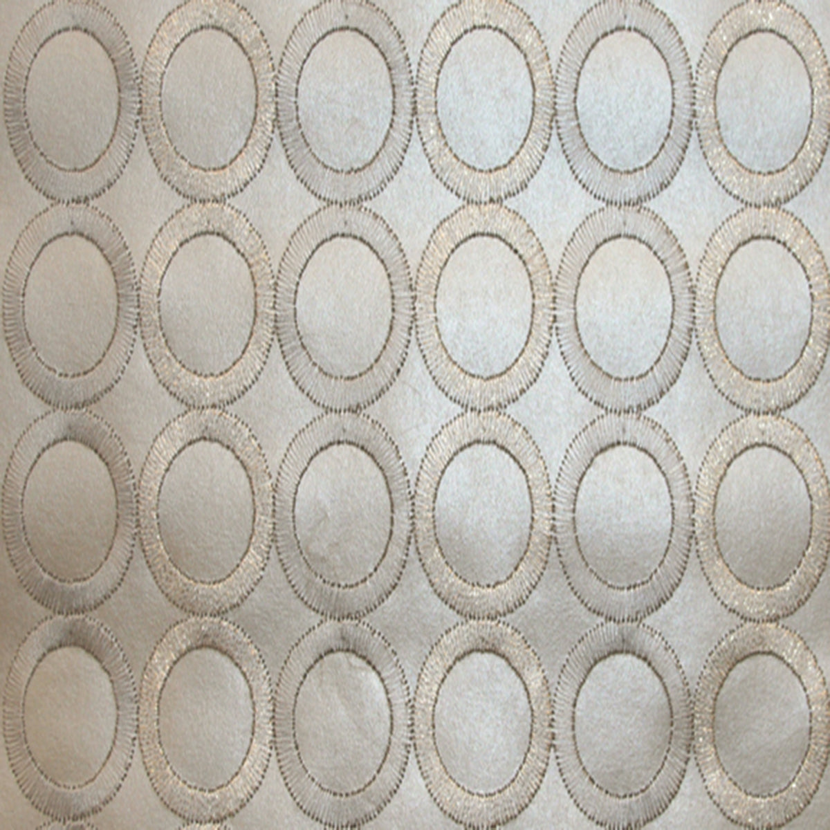 Dream On Embroidered Circles Wallpaper (Metallic)