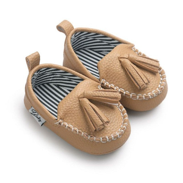 PU Suede Leather Moccasins w/ Fringe