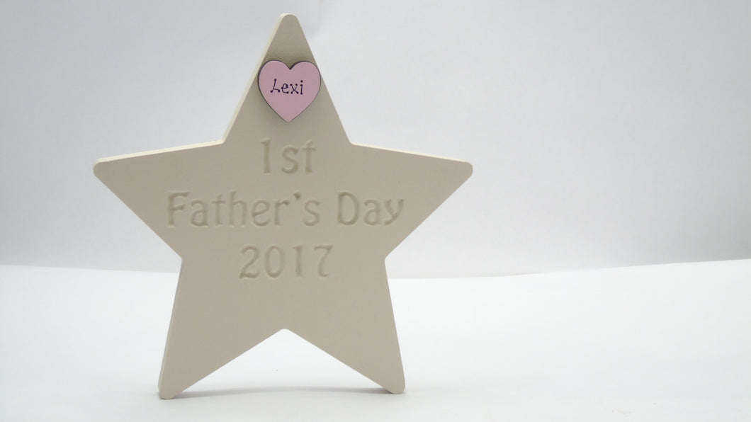 Star Etched With The Word '1st Father's Day 2018