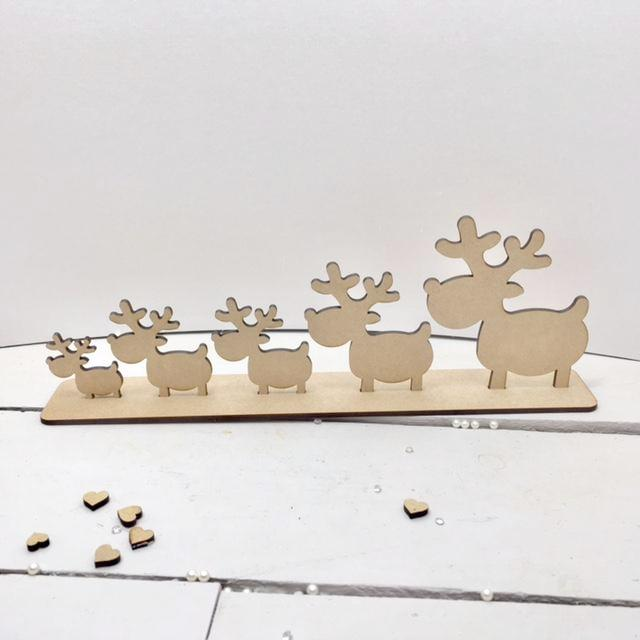 Reindeers on Plinth -  Family of 5