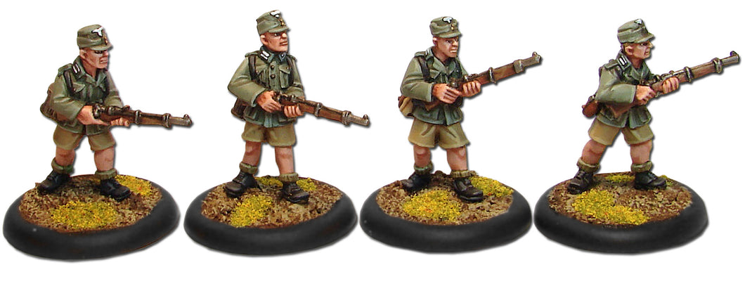 Gebirgsjäger Riflemen with Shorts
