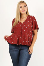 Plus Size Printed Short Sleeve Top