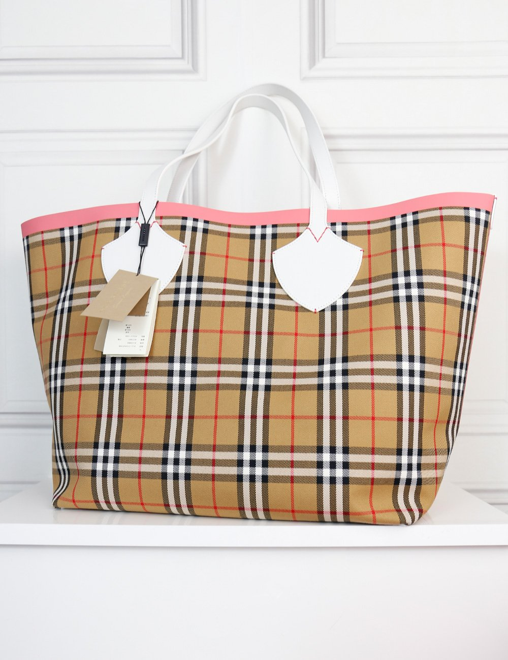 BURBERRY BAGS One size / Multicolour BURBERRY The Giant  Reversible Tote bag in vintage check