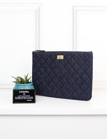 CHANEL ACCESSORIES One size / Blue CHANEL Medium Reissue 2.55 O Case Quilted Denim
