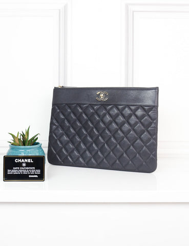 CHANEL ACCESSORIES One size / Dark grey CHANEL Medium O Case in dark grey quilted and smooth Leather-My Wardrobe Mistakes