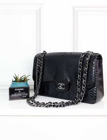CHANEL BAGS One size / Black CHANEL Jumbo Exotic Leather Classic Double Flap Bag