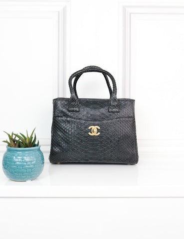 CHANEL BAGS One size / Black CHANEL Neo Excecutive Mini Python Tote bag