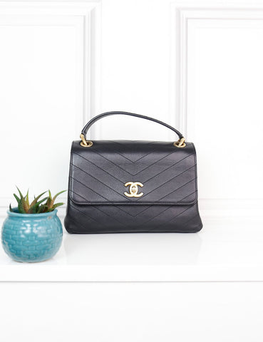 CHANEL BAGS One size / Black CHANEL Small Chevron Chic Python Top Handle Bag
