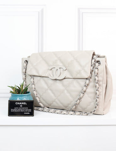 CHANEL BAGS One size / Cream CHANEL Hampton Flap Bag