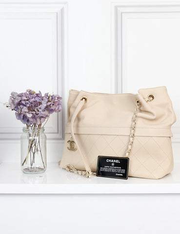 Chanel cream Surpique Bucket bag