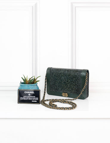CHANEL BAGS One size / Green CHANEL Boy Wallet On Chain in dark green Exotic Leather