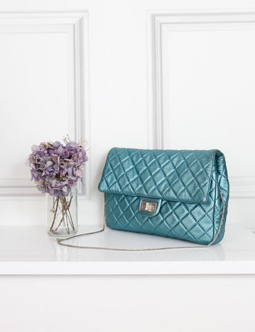 Chanel turquoise quilted leather jumbo bag