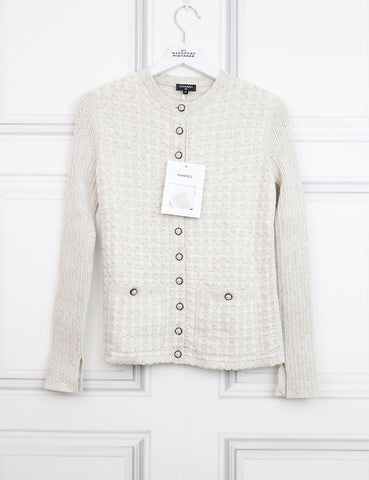 CHANEL CLOTHING 8UK-40IT-36FR / Cream CHANEL Round neck cardigan with two pockets