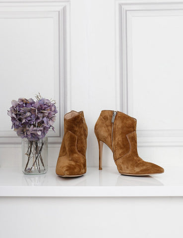 Gianvito Rossi tan suede pointed toe ankle boots 6Uk