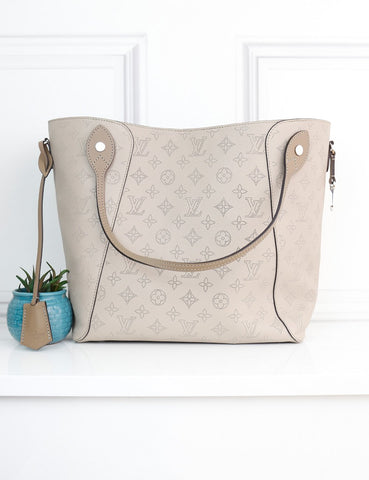 LOUIS VUITTON BAGS One size / Multicolour LOUIS VUITTON Hina Mahina MM Leather tote bag